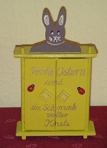 Osterschrank